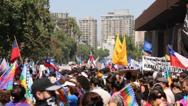 Nov. 2019 Chile strike (CUT via Telesur)