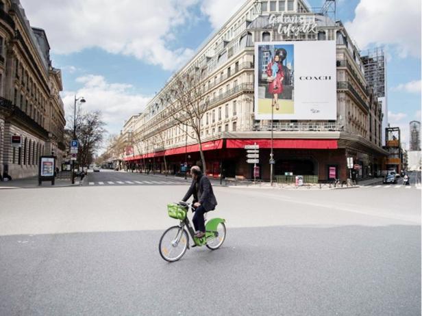 March 2020 Paris empty (Martin Bureau:AFP)
